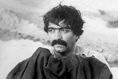 بهترین فیلمهای عمر به انتخاب منتقدان و نویسندگان، فیلم ایرانی: «گاو»